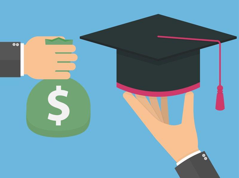 4 Dinge, die Sie bei der Refinanzierung Ihrer Studentendarlehen beachten sollten